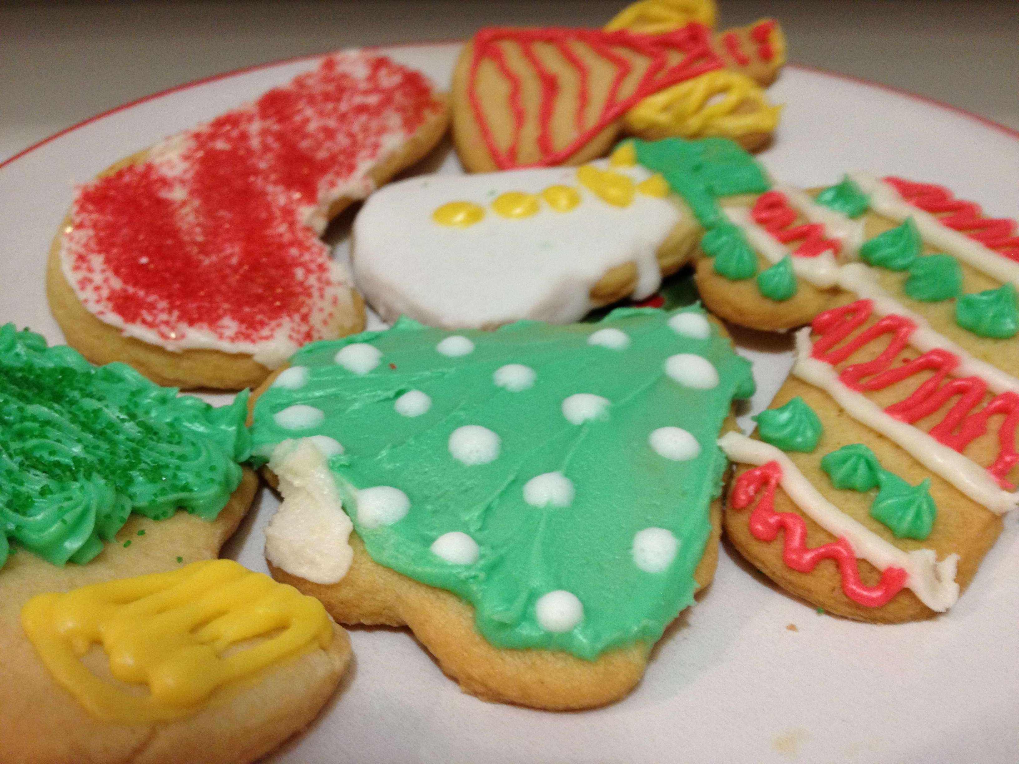 Best-Ever Sugar Cookies with Easy Creamy Icing