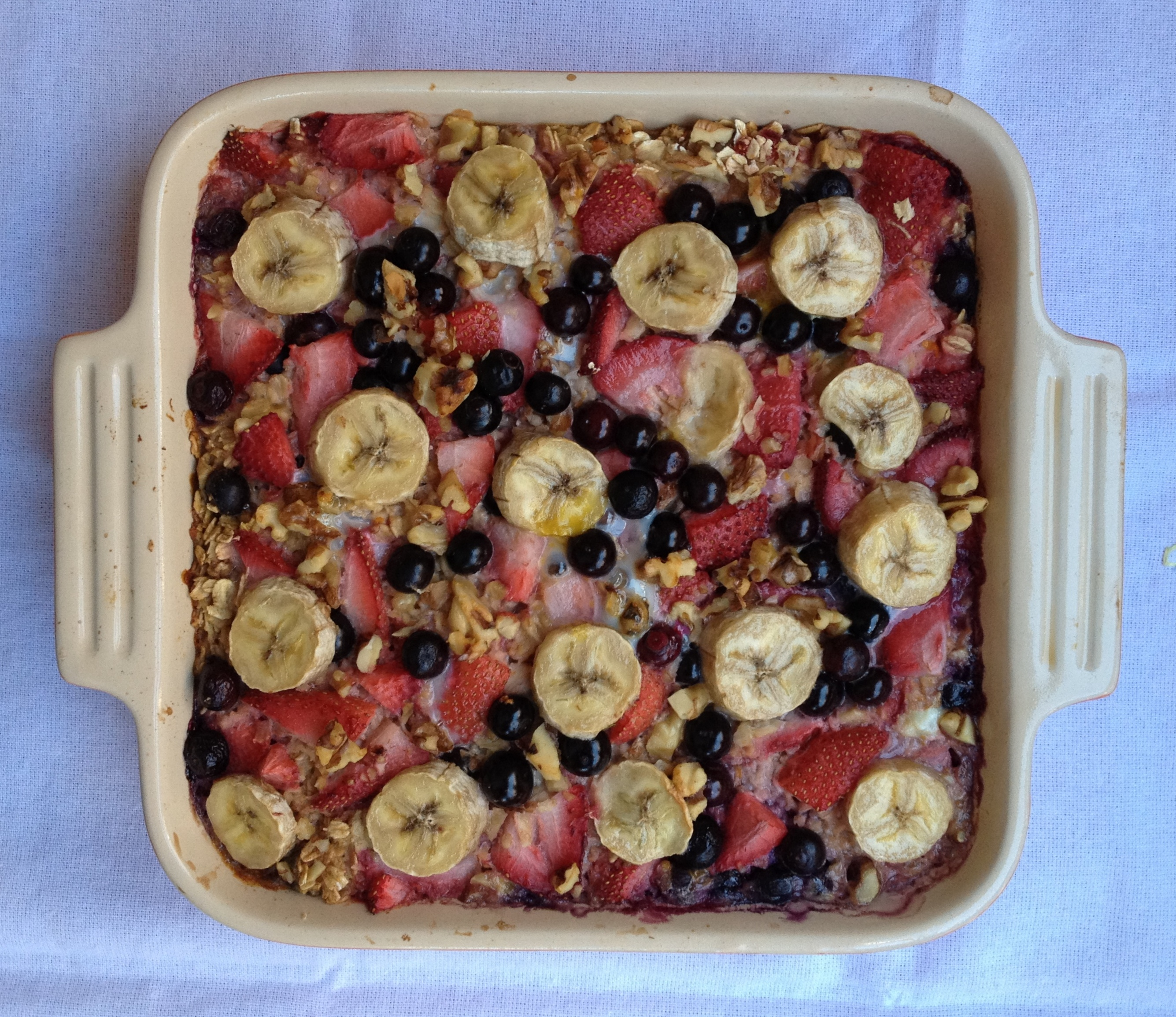 Baked Oatmeal with Strawberries, Blueberries, & Banana