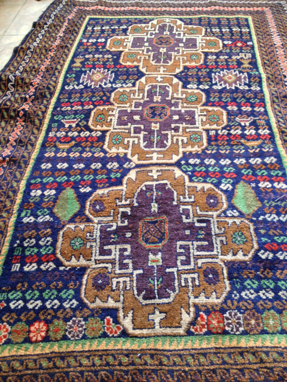 antique medallion rug