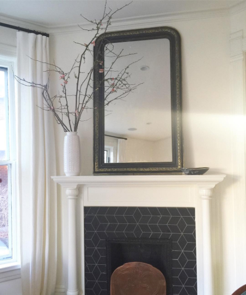 river-forest-victorian-formal-living-room-mantel
