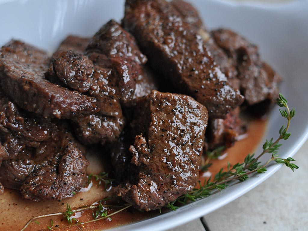 Coffee-Rubbed Steak Strips from Tammy Credicott {Make Ahead Paleo Review}
